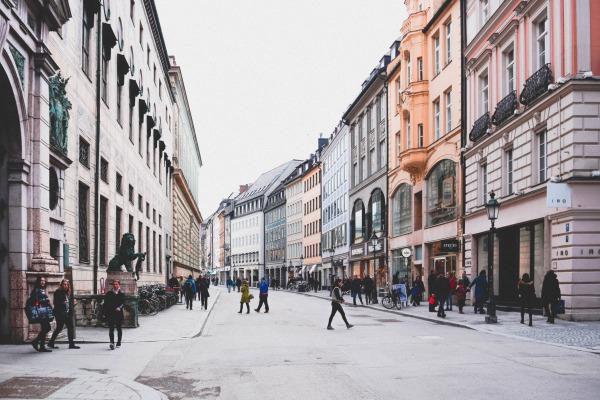 ドイツ・ミュンヘン:商店街と地区紹介、治安も悪くなく住みやすい都市
