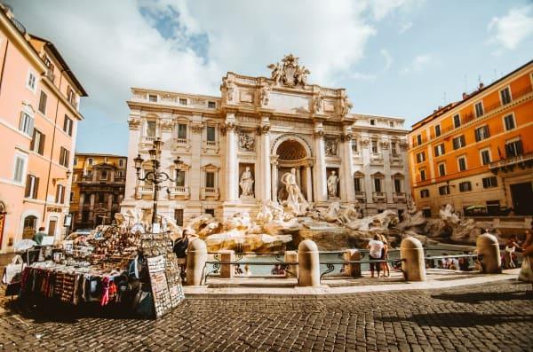 イタリアに大学留学したい方必見!ローマ大学に留学した筆者が、費用や留学の種類の違いなどを徹底解説!